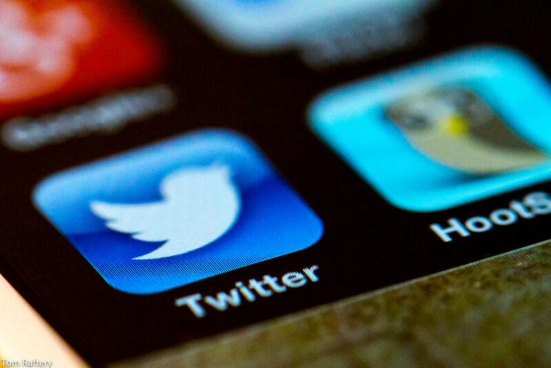 Computer repairman suing Twitter for defamation, seeks $500 million