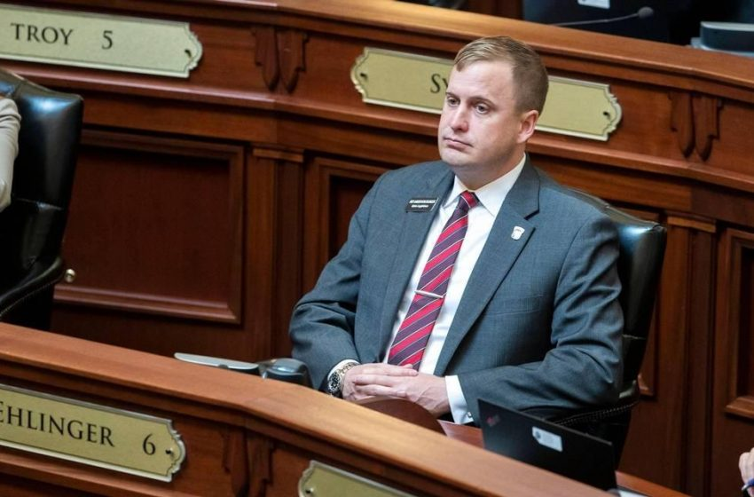 Idaho lawmaker made other women 'uncomfortable,' was told to stop by House Republicans