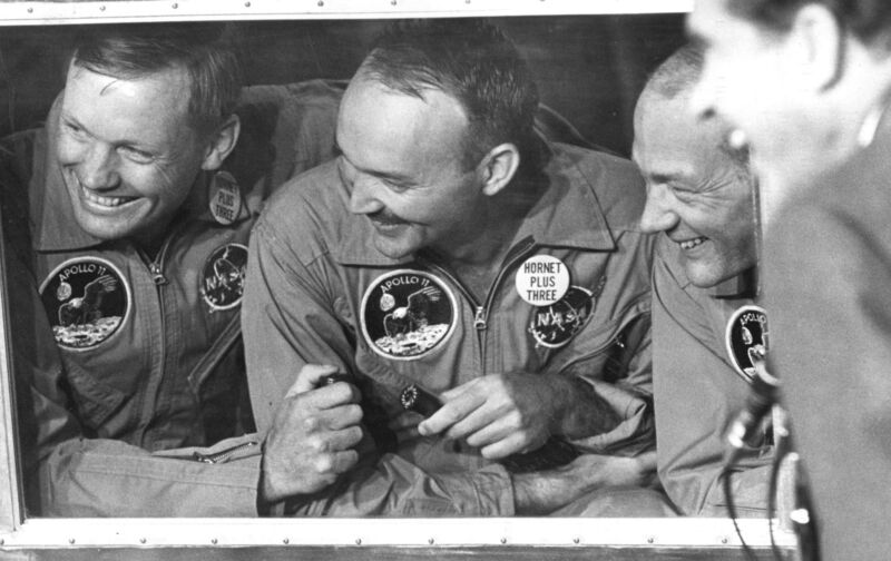 Michael Collins, who piloted the Apollo 11 command module, has died