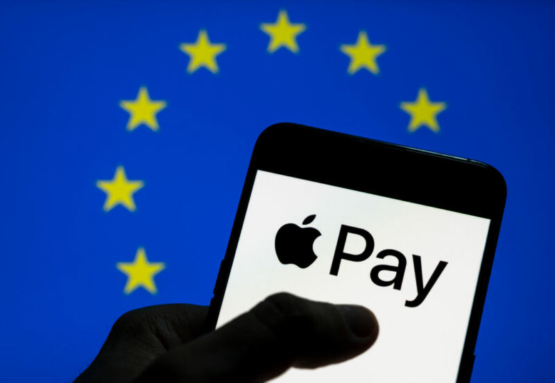 EU to charge Apple with anticompetitive behavior this week