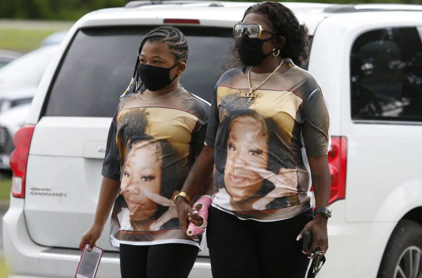 Records: Ma'Khia Bryant's sister sought help before shooting