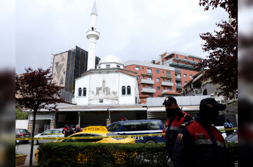 Albanian man with knife wounds 5 at mosque in Tirana