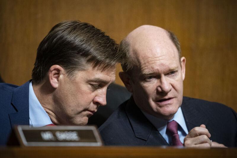 Algorithms were under fire at a Senate hearing on social media