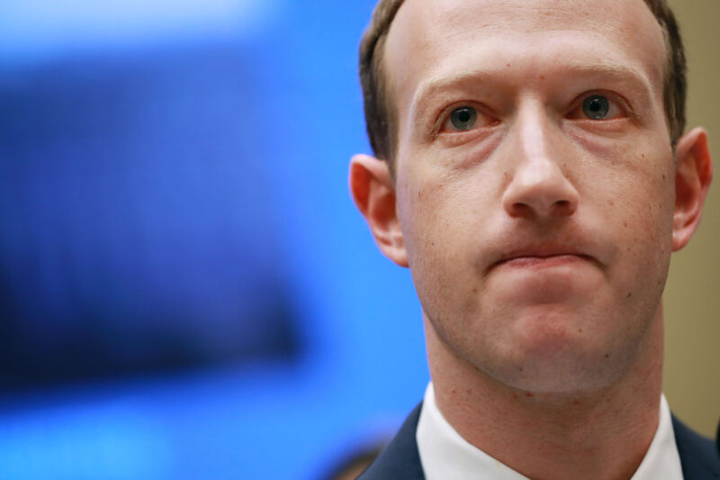 FTC urges courts not to dismiss Facebook antitrust case