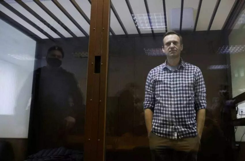 Russia sentences Navalny ally over threat to alleged agent