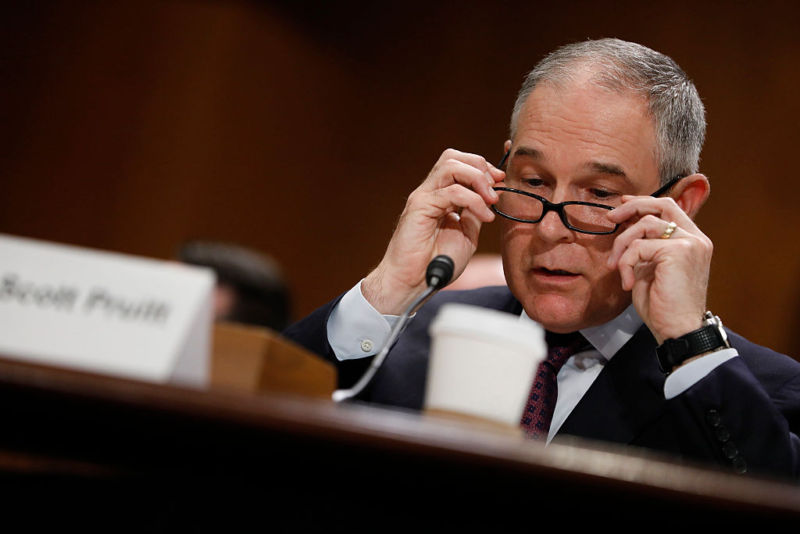 Trump EPA sidelined its own scientists when rewriting fuel economy rules