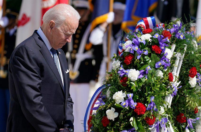 Memorial Day: President Biden commemorates fallen veterans at Arlington Cemetery