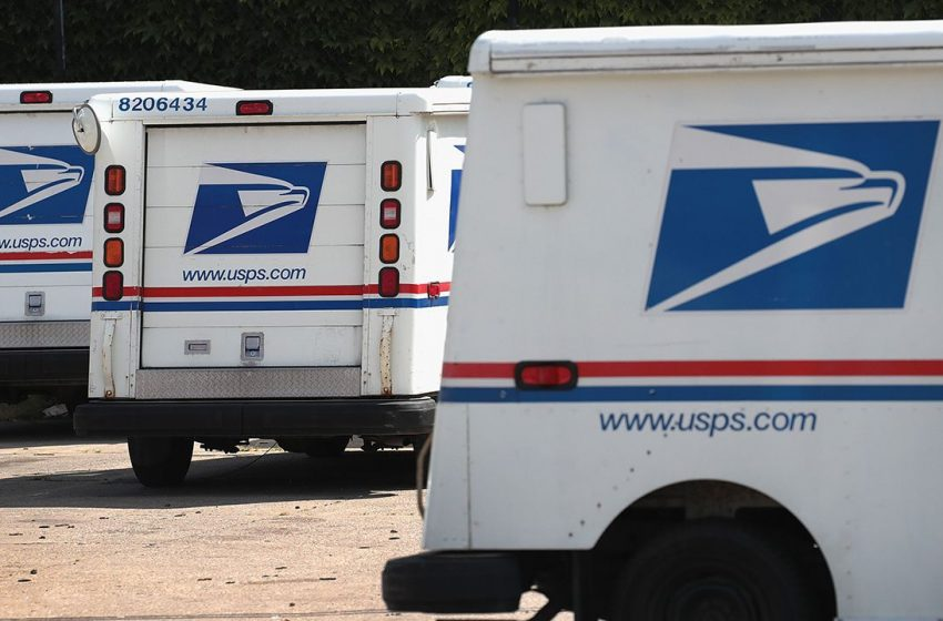 USPS warns of 'smishing' scam involving fake texts sent with phony links