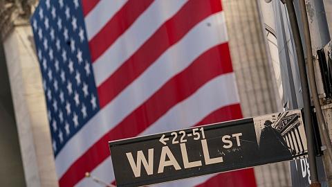 US economy 'roaring back to life'