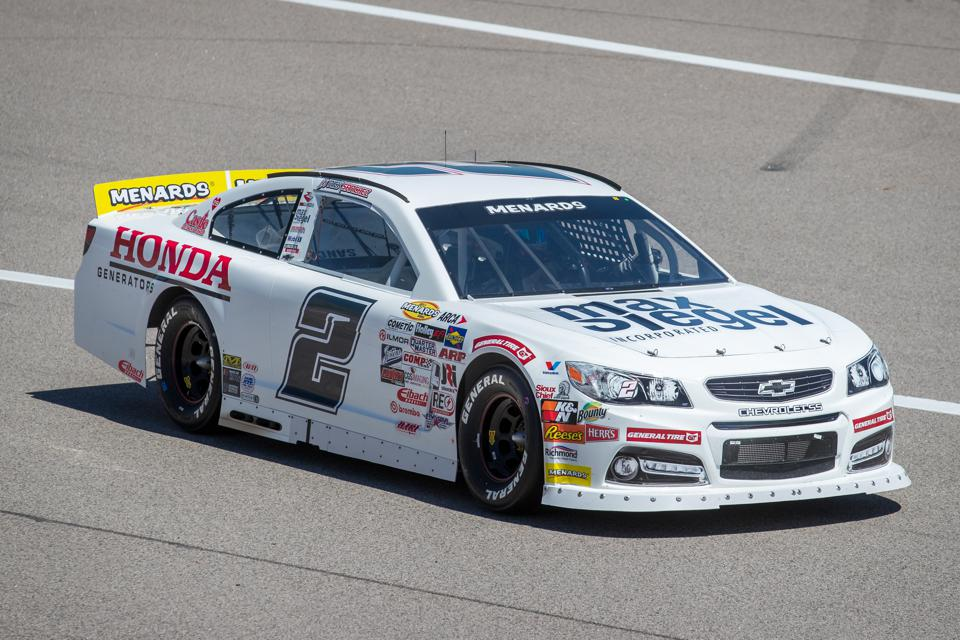 AUTO: MAY 01 NASCAR ARCA Menards Series - Dutch Boy 150