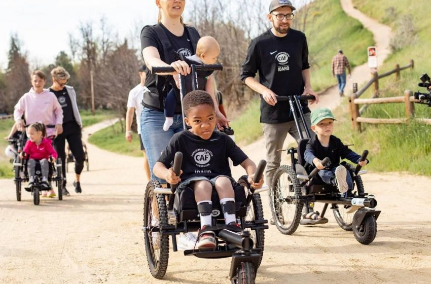Idaho kids receive off-road wheelchairs that help them explore Boise trails