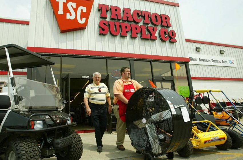 Tractor Supply: 11 Million Chickens And Going Strong