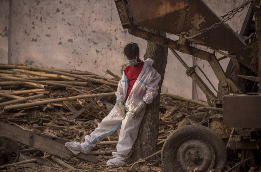 Photos Show The Distressing Severity Of India's Covid-19 Crisis