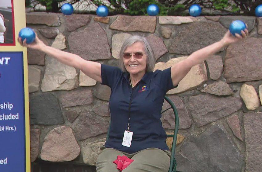 Seniors help seniors at Northwest Side business
