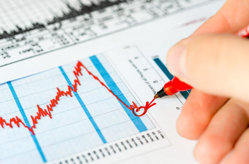 A Stock Market Crash Is Coming: 3 Stocks I Aim to Buy When It Happens