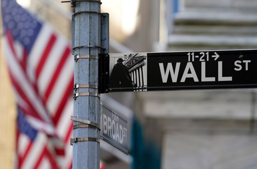 S&P 500 Opens Higher to Extend Weekly Gains