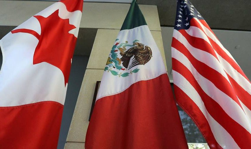 Coronavirus latest: US extends border travel ban as Canada plans changes to health rules