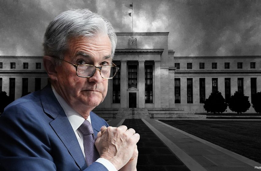 Fed balance sheet tops $8 trillion for first time