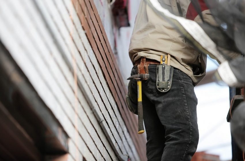 Hiring a Contractor? 3 Tips to Prevent Getting Scammed — Scam Guards
