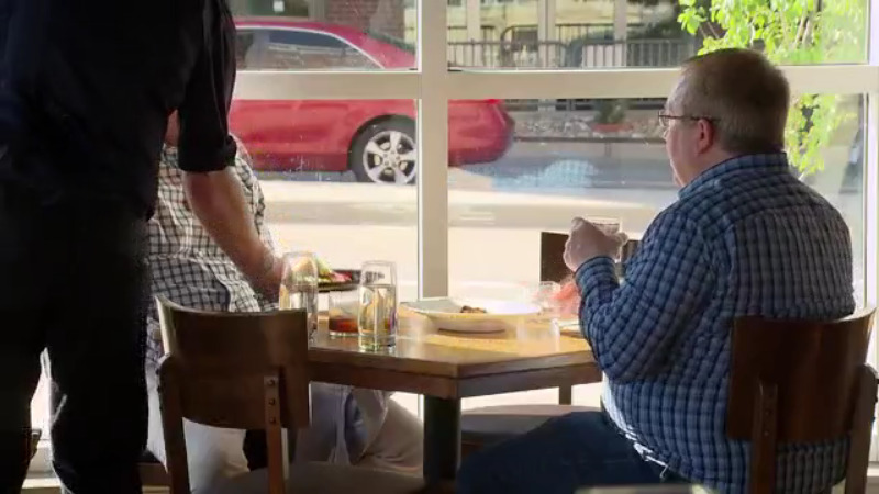 Some Downtown Denver Restaurants Starting To See Big Spike In Business – CBS Denver