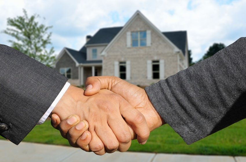 How to Win a Contract in this Crazy Housing Market
