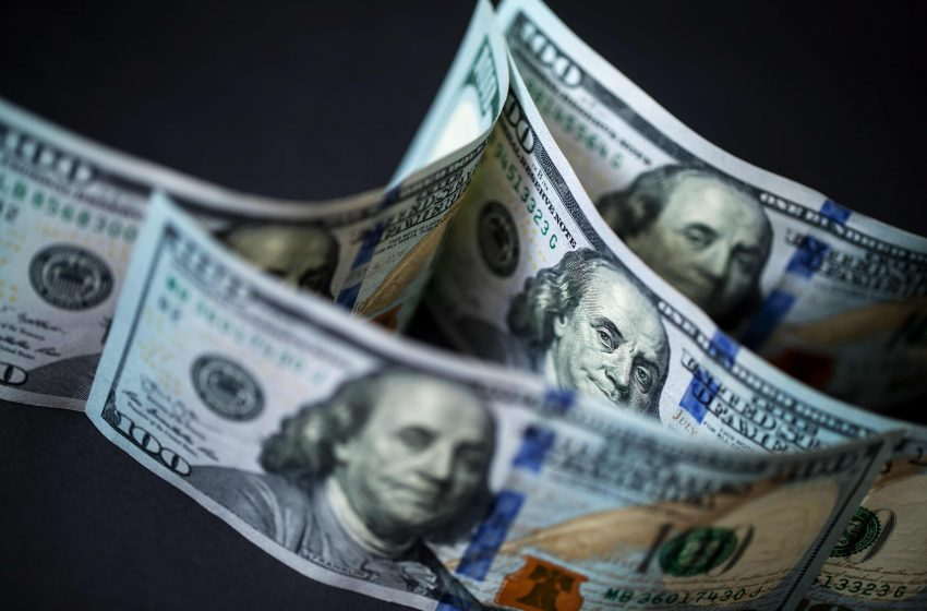 Dollar firm as delta virus threat looms over 'Freedom Day'