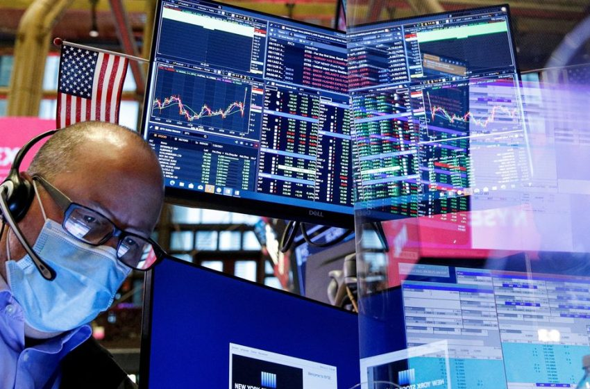 Dow Hits 35000 as Stocks Rise to Records