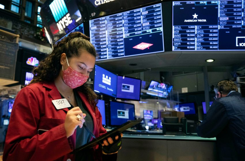 Technology stocks drive early gains as latest earnings flow