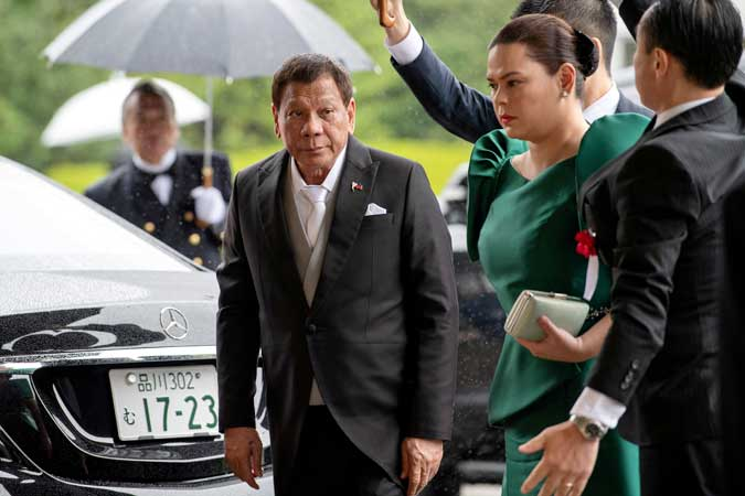 Celebrity-obsessed PHL politics to test Duterte's cling to power