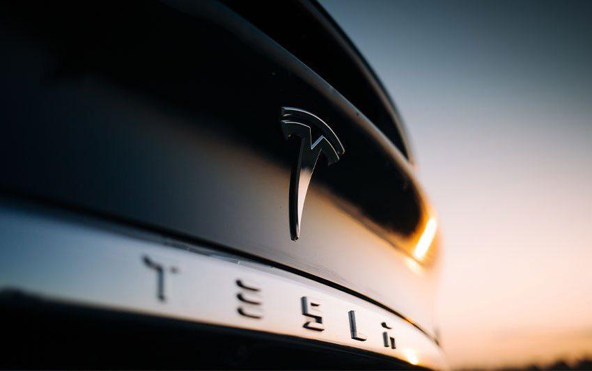 Dow Jones Futures: Indexes Weaken, But Stock Market Reality Worse; Tesla Launches FSD Subscriptions