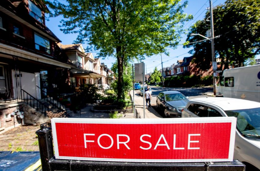 Toronto-area real estate market continues to slow down for third month
