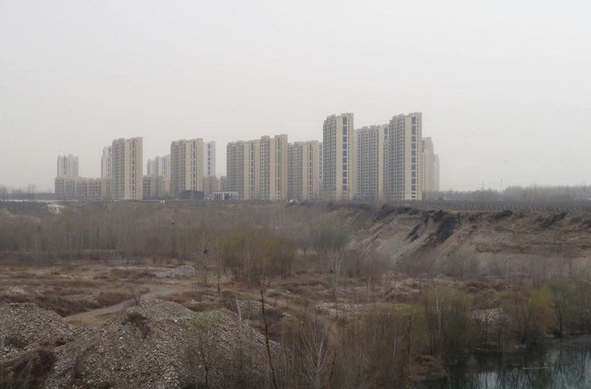 Analysis: Fall in China's $1.3 trln land sales to test local finances, economy