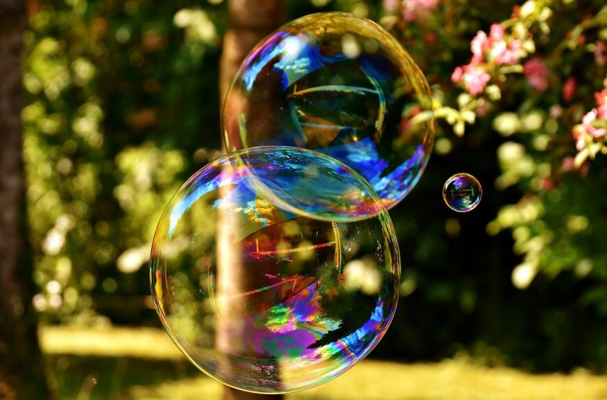 The Everything Bubble Sees Investors Flock To Safety