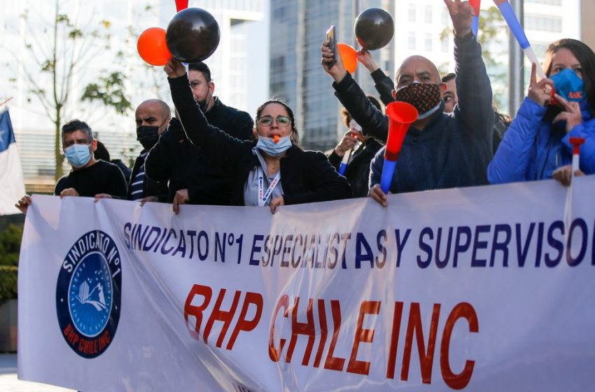 Chile Workers at World's Biggest Copper Mine Vote to Strike