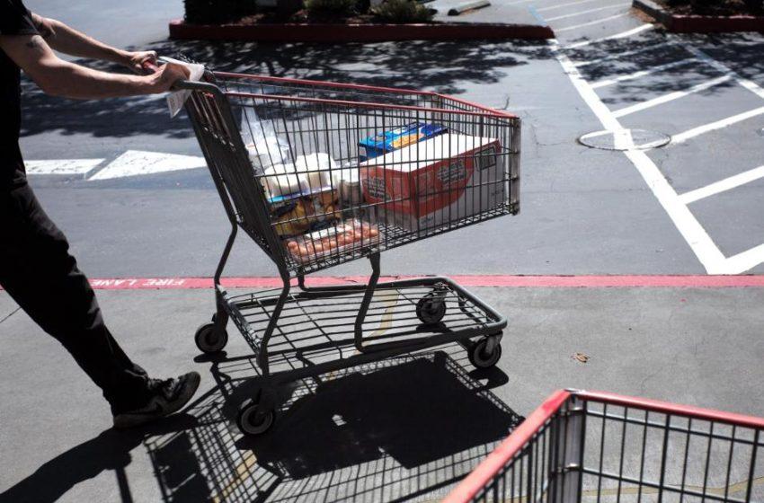 Stocks week ahead: 3 things making the American consumer miserable
