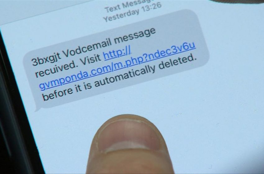 Flubot mobile phone scam fuelling record money losses to scammers in Australia this year