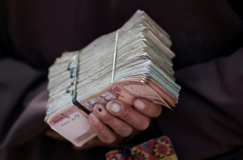 Taliban imposes remittance restrictions as US dollars dwindle
