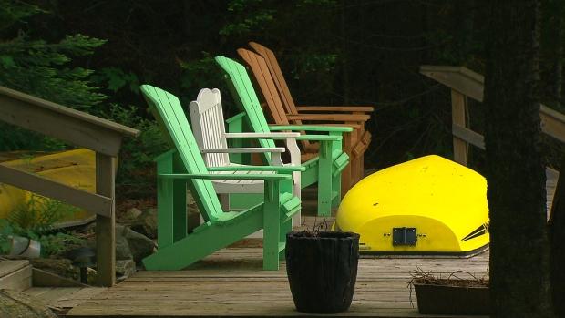Quebec cottage owner says fraudster used her property in online scam