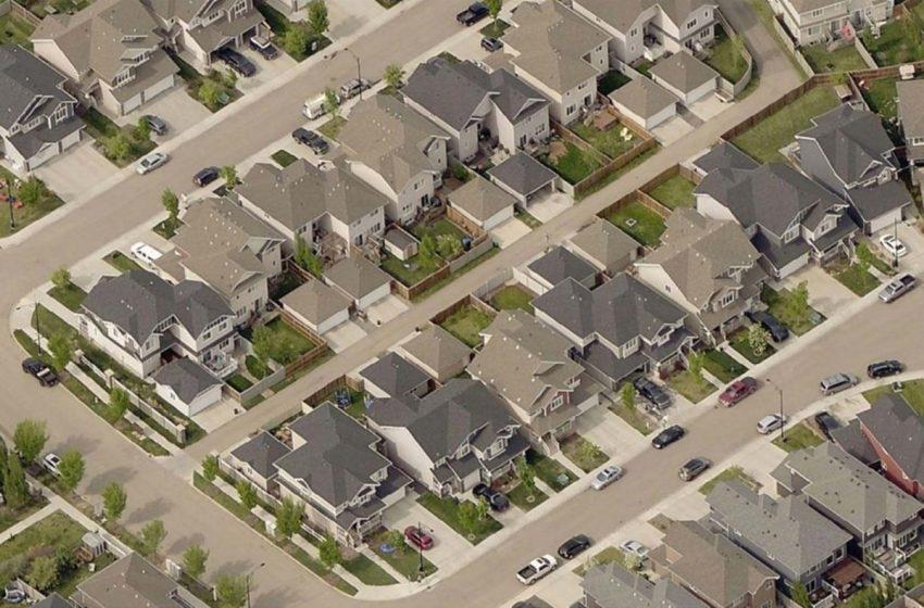 Bridging the Municipal Funding Gap: City finances are like a Ponzi scheme, expert says