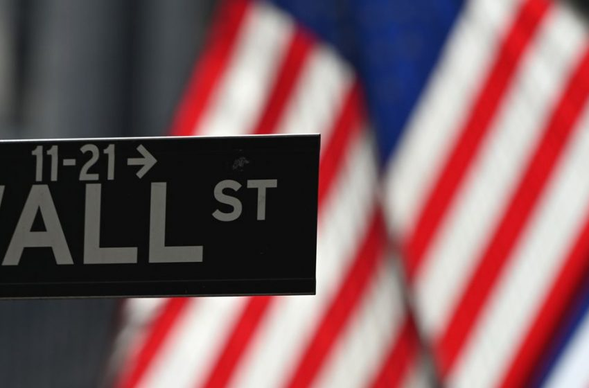 Stock Market Today: S&P 500, Dow Close Lower as Oil Prices Rally