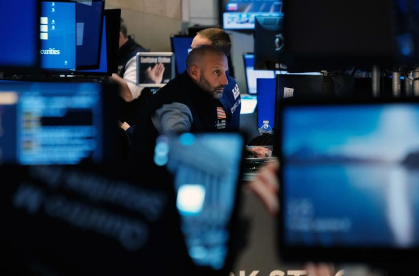 Dow rallies more than 300 points as market volatility continues