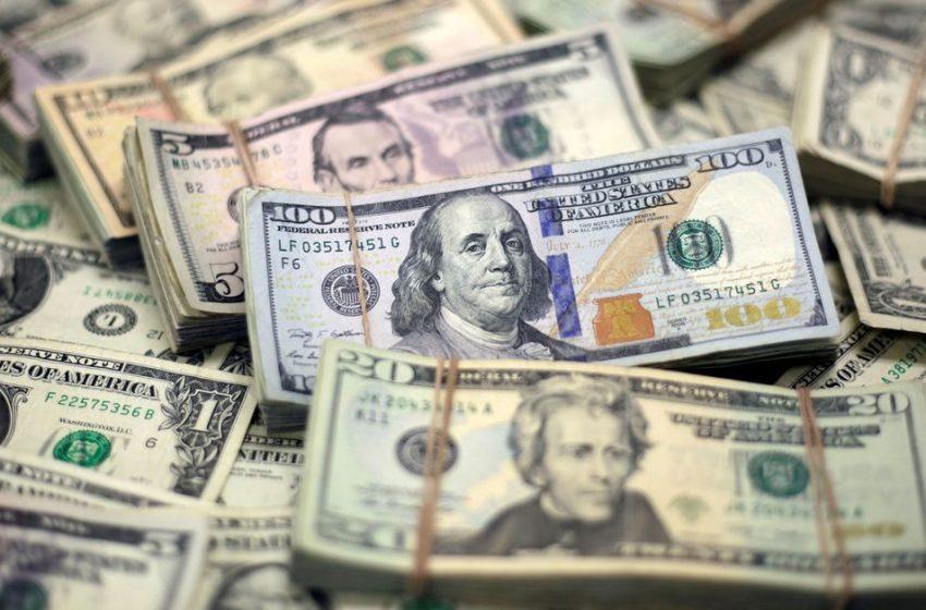 Dollar firm ahead of payrolls; kiwi awaits RBNZ decision