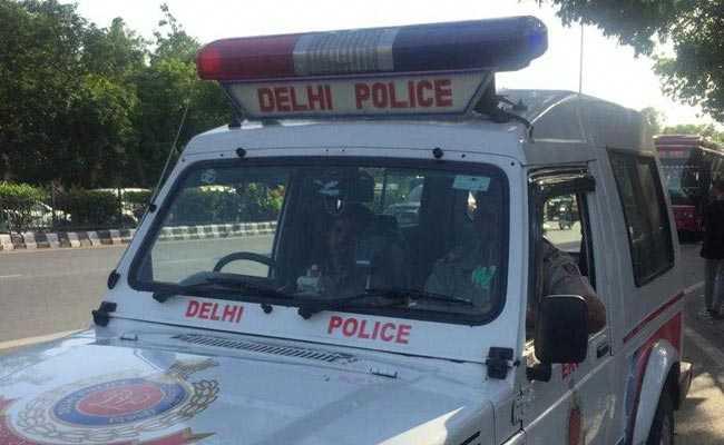 Two Arrested For Running Ponzi Scheme In Delhi: Police » Scammer News